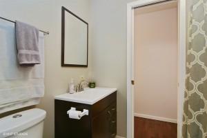 14_1165EPattenDr_8_Bathroom_LowRes