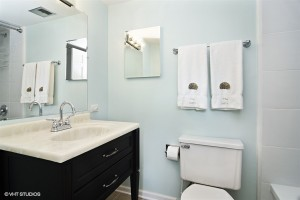 13_4WindermereonDuxbury_8_Bathroom_LowRes