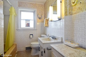 14_308WRidgeAve_8_Bathroom_LowRes