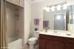 10_50GreeleySt_unit416_8_Bathroom_LowRes